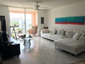 Appartamento a 2 minuti da Sunny Isles Beach - Aventura