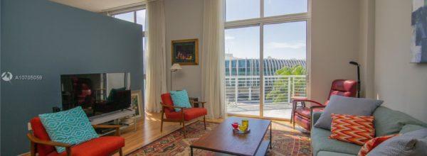 Loft with stunning views of Miami Beach